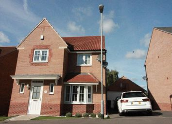 Thumbnail 4 bedroom detached house for sale in Roxburgh Close, Arnold, Nottingham