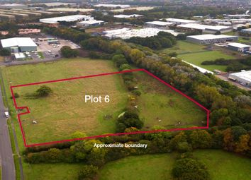 Thumbnail Land for sale in Hortonwood 60, Telford