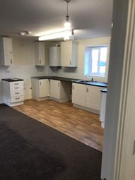 2 bed flat to rent in Whittington Crescent, Wantage OX12