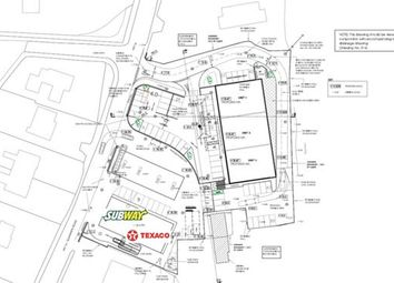 Thumbnail Retail premises to let in Glanhwfa Road, Llangefni