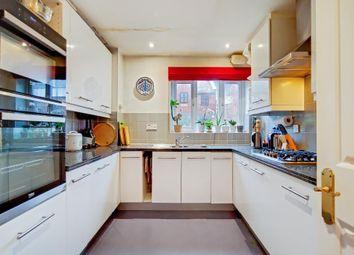 Room to rent in Cherry Garden Street, London SE16