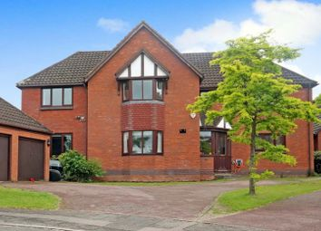 Thumbnail 5 bed detached house to rent in Shires Close, Ashtead