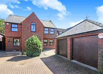 The Trunnions, Rochford SS4. 4 bed detached house