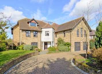 Thumbnail 5 bedroom detached house for sale in East Ridgeway, Cuffley, Potters Bar
