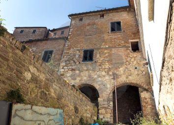 Thumbnail 1 bed triplex for sale in Via di Voltaia Nel Corso, Montepulciano, Siena, Tuscany, Italy