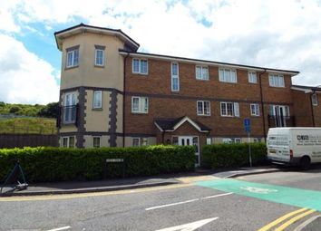 Thumbnail 2 bed flat for sale in Kiln Way, Dunstable, Bedfordshire, England