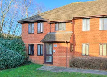 Thumbnail 2 bed flat for sale in Station Road, Harpenden