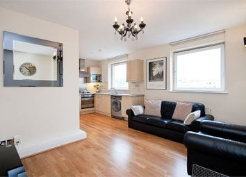 Thumbnail 2 bed flat to rent in Farringdon Road, Clerkenwell