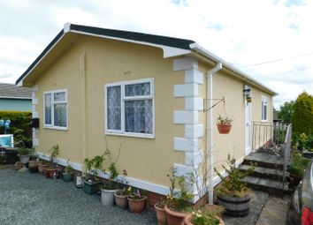 Thumbnail 2 bed mobile/park home for sale in Earls Ditton Lane, Hopton Wafers, Kidderminster