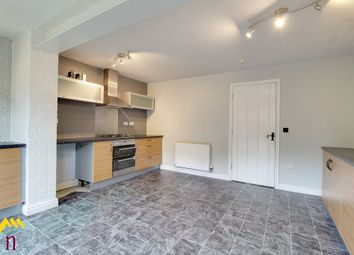 Thumbnail 4 bed town house for sale in Farnley Road, Woodfield Plantation, Doncaster