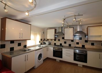 Thumbnail 6 bed flat to rent in City Road, Roath, Cardiff