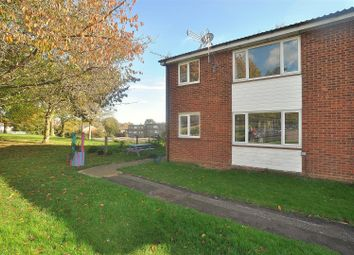 Thumbnail 2 bedroom maisonette for sale in Latchmore Close, Hitchin