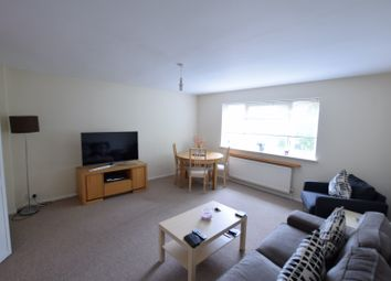 Thumbnail 1 bed flat to rent in Clarendon Road, Wallington