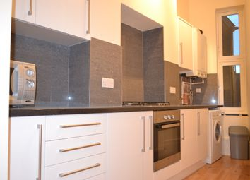 Thumbnail 1 bed flat to rent in St Johns Road, Clapham
