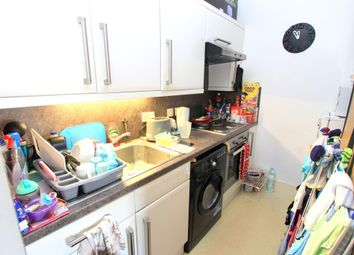Thumbnail 1 bedroom flat to rent in Goldstone Villas, Hove