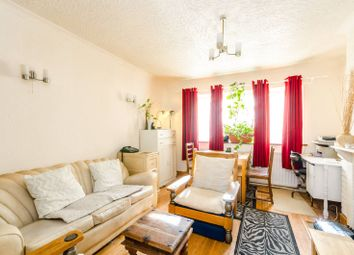 Thumbnail 3 bedroom flat for sale in Westbeech Road, Wood Green