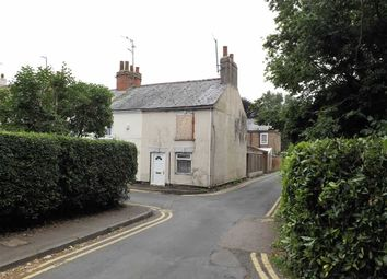 Thumbnail 2 bed cottage for sale in Cross Street, Holbeach, Spalding
