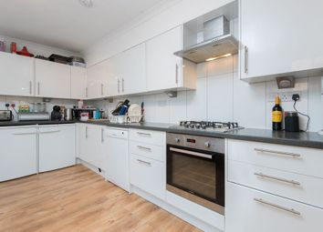 Thumbnail 3 bedroom flat to rent in Grange Street, Bridport Place, London