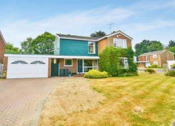 Thumbnail 4 bed detached house for sale in Hoe Meadow, Beaconsfield