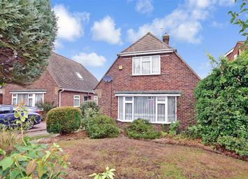 Thumbnail 3 bed detached house for sale in Denesway, Meopham, Kent