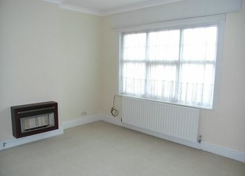 Thumbnail 1 bed flat to rent in Welford Road, Clarendon Park, Leicester