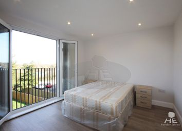 Thumbnail 3 bed duplex to rent in Great North Way, London