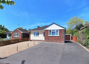 Thumbnail 2 bedroom detached bungalow for sale in Skilton Road, Tilehurst, Reading