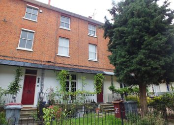 Thumbnail 4 bed town house to rent in Jesse Terrace, Reading, Berkshire