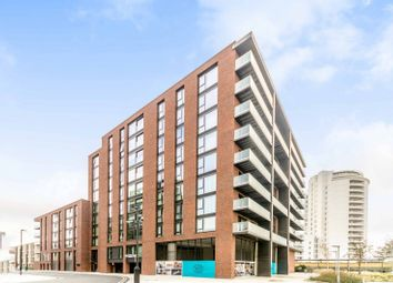 3 bed flat for sale in Summerston House, Docklands, London E16