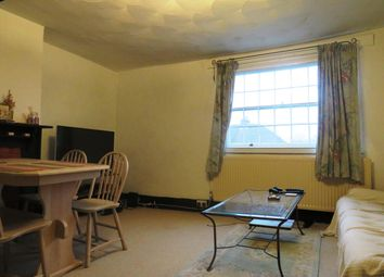 Thumbnail 3 bedroom flat to rent in Radlett Road, Frogmore, St. Albans