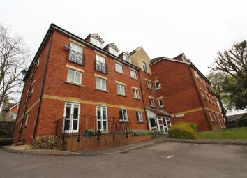 Thumbnail 2 bed flat for sale in Coley Avenue, Reading