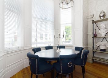 Thumbnail 3 bedroom flat to rent in Queen's Gate Gardens, London