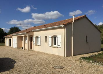 Thumbnail 3 bed property for sale in Poitou-Charentes, Vienne, Pindray