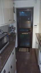 Thumbnail 1 bed flat to rent in Stoneleigh Road, Coventry
