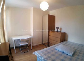 Thumbnail 2 bedroom flat to rent in Gerald Road, Salford