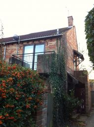 Thumbnail 1 bed flat to rent in Maiden Place, Lower Earley