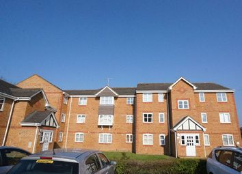 Thumbnail 2 bedroom flat to rent in Philips Close, Carshalton