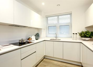 Thumbnail 3 bed flat for sale in Middleton Court, Wimbledon, Londond