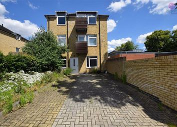 Thumbnail 2 bed flat to rent in Gloucester Road, New Barnet, Barnet
