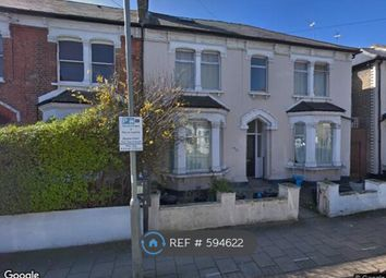 Thumbnail Studio to rent in Longley Road, Tooting