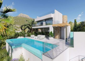 Thumbnail 6 bed villa for sale in Calp, Alicante, Spain