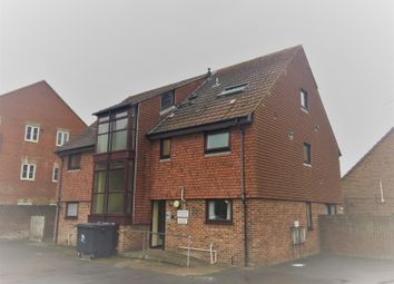 Thumbnail 1 bed flat to rent in Croft Road, Christchurch