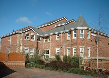 Thumbnail 2 bed flat to rent in Barrowby View, Garforth, Leeds