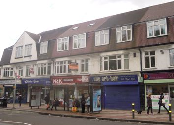 Thumbnail 2 bed flat to rent in Approach Road, London