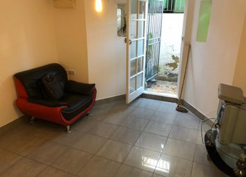 Thumbnail 1 bed flat to rent in Sach Road, London