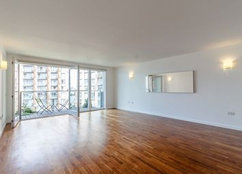 Thumbnail 2 bed flat to rent in New Providence Wharf, 1 Fairmont Avenue, Canary Whaf