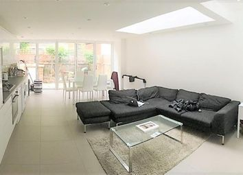 Room to rent in Averill Street, Hammersmith, London W6