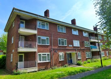 Thumbnail 2 bedroom flat for sale in Evenlode Road, Millbrook, Southampton
