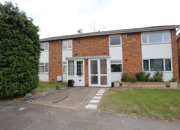 Thumbnail 2 bedroom flat to rent in Rivermead Road, Woodley, Reading