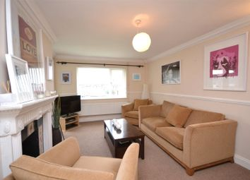 Thumbnail 3 bedroom flat to rent in Chapel Court, East Finchley